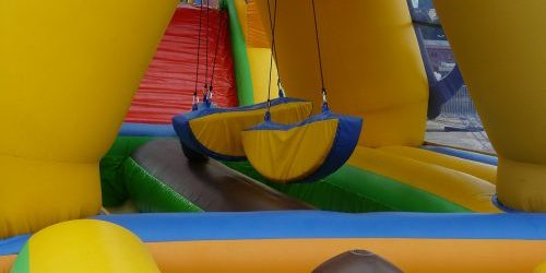 bouncy-castle-442864_1280